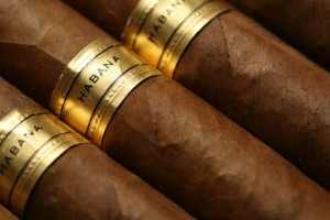 Habanos Zigarren mit goldener Bauchbinde
